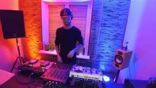 DJ Room ZP . Aleksandr Monets . Обучение диджеингу в Запорожье . Школа диджеев . Курсы DJ