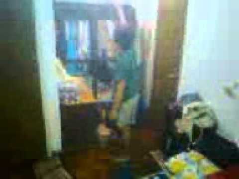 Lola B's bedroom brawl.3gp
