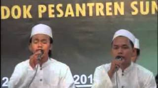 Video Syauqul Habib   Festival Sholawat PP  Sunan Kalijogo Surabaya 2011 download MP3, 3GP, MP4, WEBM, AVI, FLV September 2018