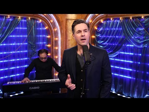 THE PHANTOM OF THE OPERA's Peter Jöback Performs 'The Music of the Night'
