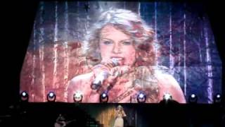 Taylor Swift - Enchanted (Live in Singapore)