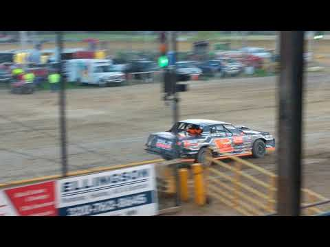 Mark Blom wins at Viking Speedway Street Stock Feature