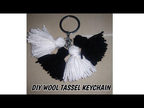 DIY wool tassel keychain *watch in full screen*   HOLY crafter