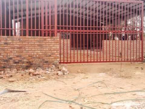 Warehousing For Sale in Dendron, Dendron, South Africa for ZAR R 3 180 000
