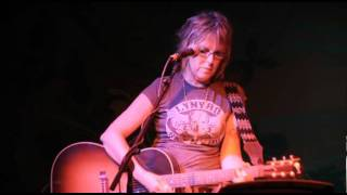 Watch Lucinda Williams Ugly Truth video