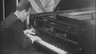 Rodion Shchedrin plays Shchedrin Basso Ostinato - video 1964