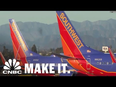 Southwest Airlines CEO Has Never Taken A Bonus Or Given Himself A Raise | CNBC Make It.
