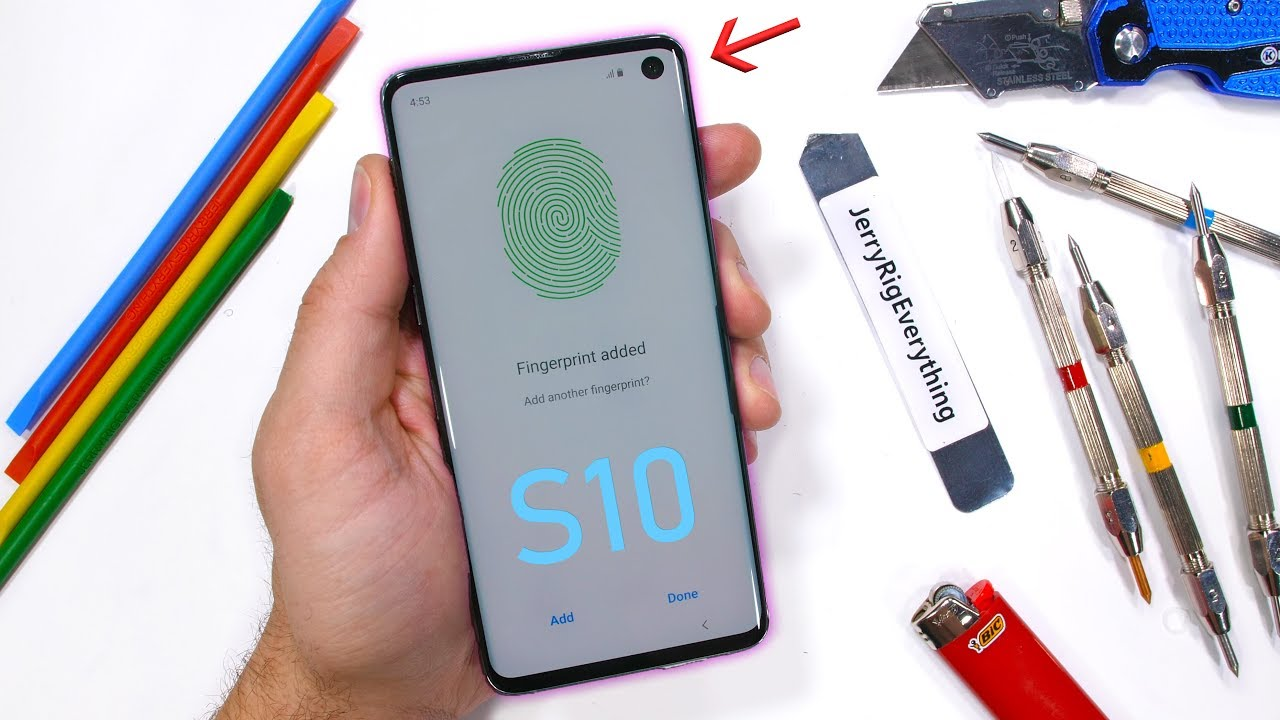 Samsung's Galaxy S10 gets put through the ringer in new