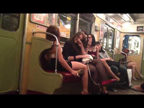 Секс видео в тралейбусе