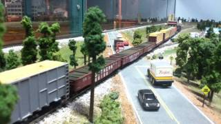 N Scale Train: Wood Goods