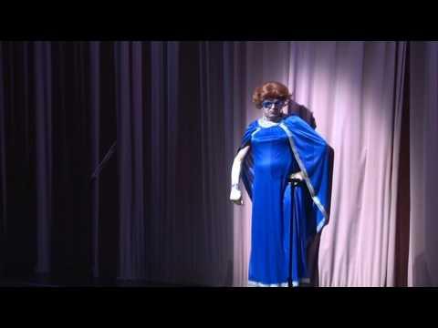 Openingsact van het ABN AMRO Cabaret 2014 door de 'zus van' voorzitter Gerrit Zalm