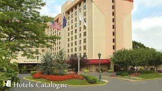 Queens Hotel Near LGA and Manhattan - New York LaGuardia Airport Marriott