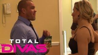 Natalya has a private conversation with Jaret backstage: Total Divas bonus clip: Sept. 15, 2013 thumbnail