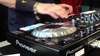 Demo session de DJ Datflex con la DDJ-SZ de Pioneer DJ en el Sónar 2014