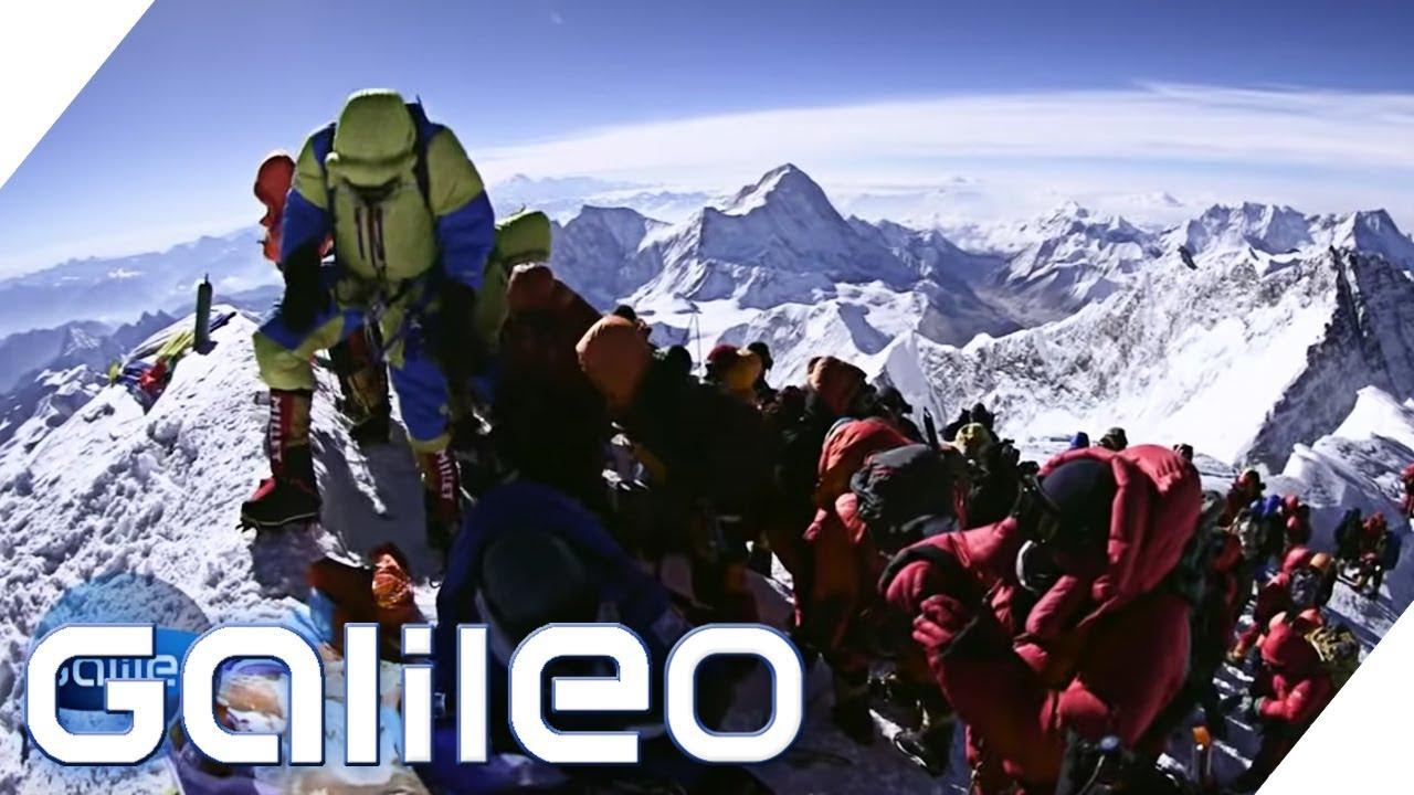 Wer verdient am Mount Everest? | Galileo | ProSieben