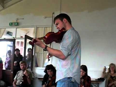 Shrewsbury Folk Festival 2011 - Sam Sweeney Fiddle Workshop