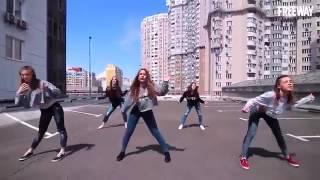 классный современный танец
