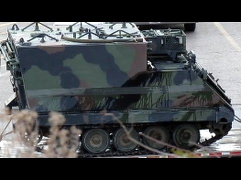 Army Vehicles For Sale >> M577 Command Track Vehicle in Transit, M-577, Army, US Military - YouTube