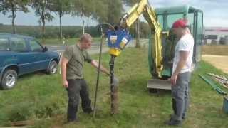 Deitmer DEB 220 Erdbohrer beim Zaunbau