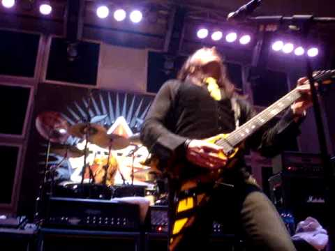 Stryper - Calling On yOu & Free Live In Peru