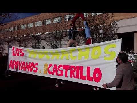 """Concentración en Verín en apoyo al jefe de Ginecología: """"¡Castrillo no se toca!"""""""