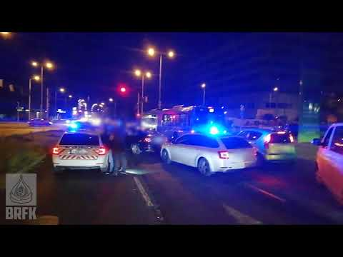 A budapesti rendőrök fél órával egy betörést követően ütöttek rajta a trión - YouTube