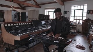Keyboard Rigs: Joseph Nelson (Jess Glynne) on the Roland JD-XA Synth