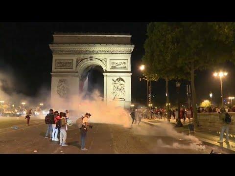 ما بين فوز الجزائر والسترات الصفراء العيد الوطني الفرنسي يتحول إلى مواجهات مع الشرطة…  - نشر قبل 3 ساعة