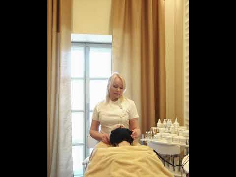 Процедура микротоковой терапии на аппарате Remodelling Face BIOLOGIQUE RECHERCHE