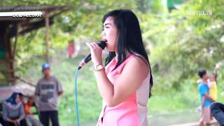 Download Mp3 New Aleska * Mawar Putih# Mis Olis# Show Ceplak Sukamulya