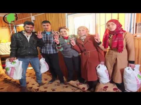 توزيع هدايا على المتفوقين في الثانوية  وهدايا للأطفال في مخيم الزعتري