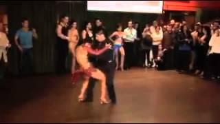 Repeat youtube video Concurso de bachata uno de las mejores parejas