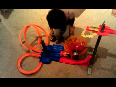 Hot Wheels Sky Jump Frenzy Track Set 12 Youtube