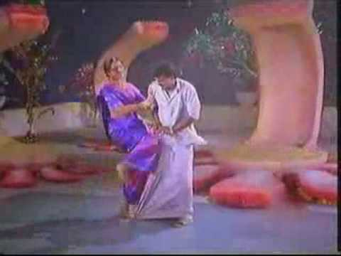 Shobana singing Machane Vaa - masala mix