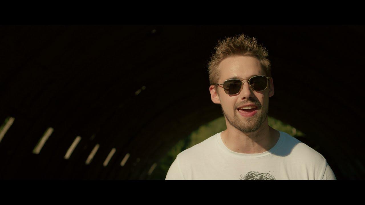Motorband - Pravda nebo lež  ( Official Music Video )