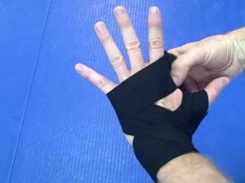 Hand Wrapping Basics How To Wrap Your Hands For Boxing Kickboxing