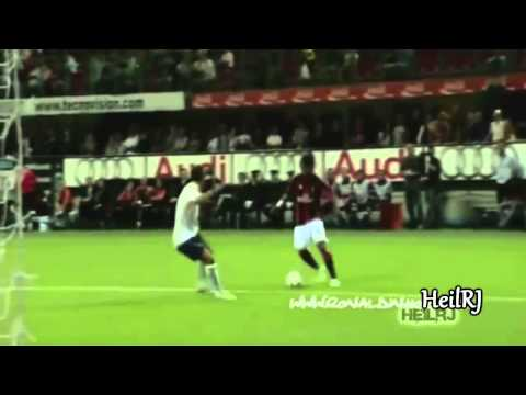 Ronaldinho vs Zidane  Who Is The Greatest Maestro