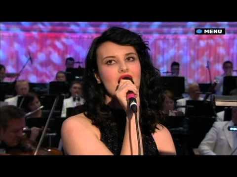 Ren Harvieu - You Only Live Twice & Nobody Does It Better - James Bond Concert