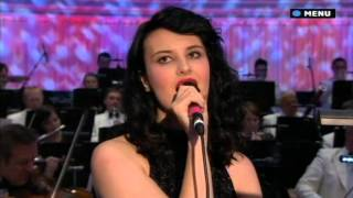 Ren Harvieu - You Only Live Twice & Nobody Does It Better - James Bond Concert