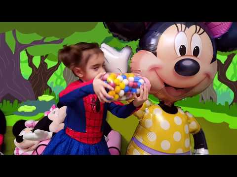 Thumbnail: Minnie Mouse Giant Bottle Magic Gumballs