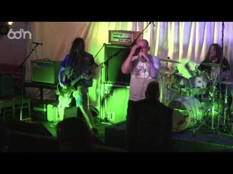 Ten Tonne Dozer   The Buffet 2016: The Shetland Rock Festival