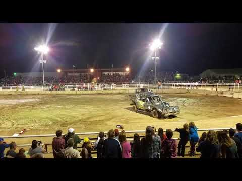 Kremmling, CO 2017 demolition derby truck heat