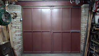 видео Распашные гаражные ворота