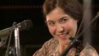 Lisa Hannigan - I Don't Know (Live From the Artists Den)