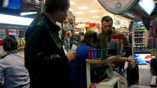 K1664 или как нужно покупать пиво :)(, 2010-11-06T13:01:21.000Z)
