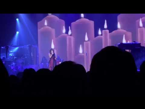 Martina McBride - Silent Night @ Hobart Arena (11.29.17)