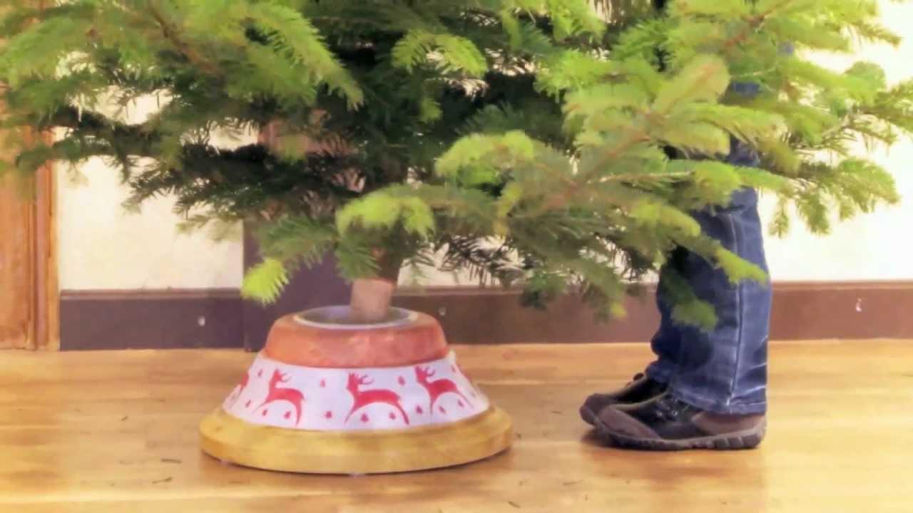 weihnachtsbaum schwarzwald christbaumst nder aus holz. Black Bedroom Furniture Sets. Home Design Ideas