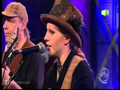 Cynthia Nickschas & friends - Gedankensalat -  Live