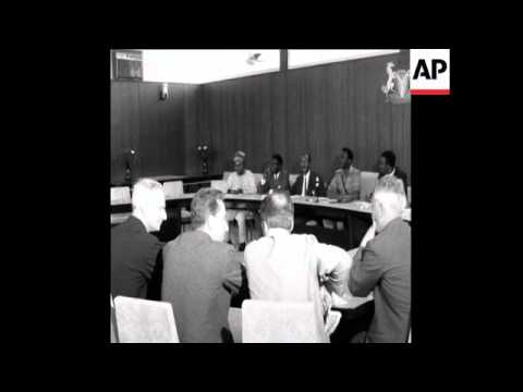 SYND 22 11 68 SOVIET UNION AND NIGERIA SIGN FINANCIAL AGREEMENT