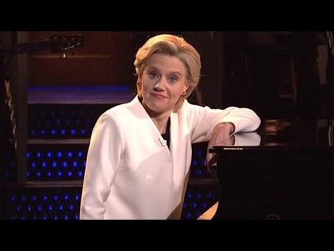"'Saturday Night Live' Opens First Post-Election Show With Hillary Clinton Singing ""Hallelujah"""